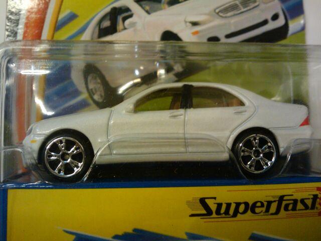 File:Superfast Mercedes Benz S 500.jpg