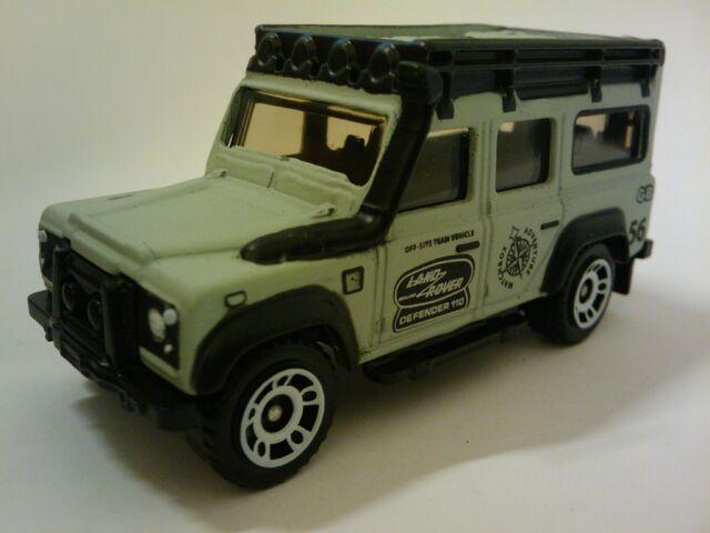 File:Superfast 97 Land Rover Defender 110.jpg