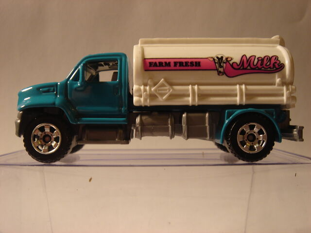File:MBX Utility Truck (2).jpg