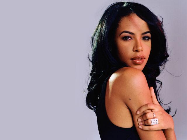 File:Nona Gaye Aaliyah.jpeg