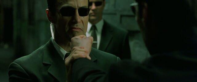 File:The.Matrix.Reloaded.2003.HDDVD.1080p.x264-iLL.sample.flv 1552.jpg