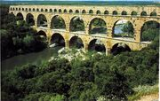 Aqueduct PontDuGard Nimes-1-
