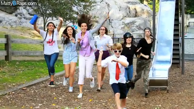 File:Gangnam Style - still.png