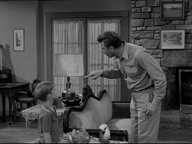 File:1x08-Opie-s-Charity-the-andy-griffith-show-17879913-640-480.jpg