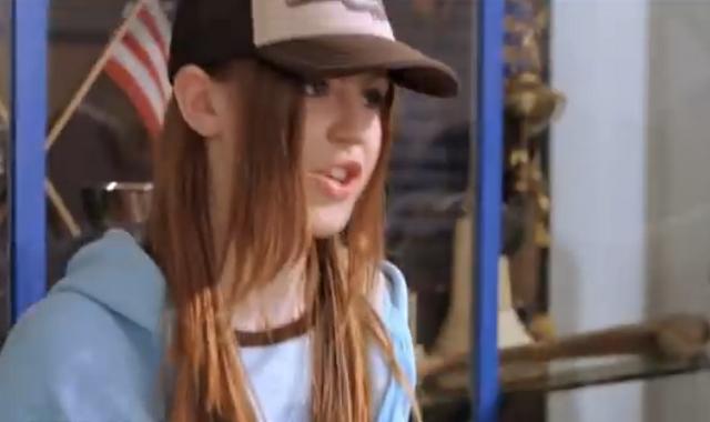 File:Skater girl.png