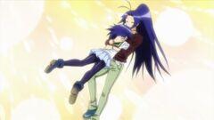 Naze hugs Maguro