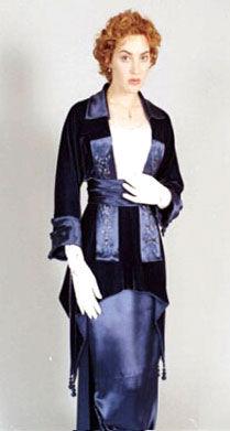 File:Cateline Dress 3.jpg