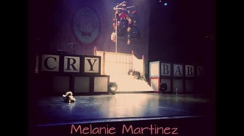Carousel- Melanie Martinez Concert Live 7 5 2016