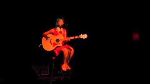 Melanie martinez - oh comely (neutral milk hotel cover) live