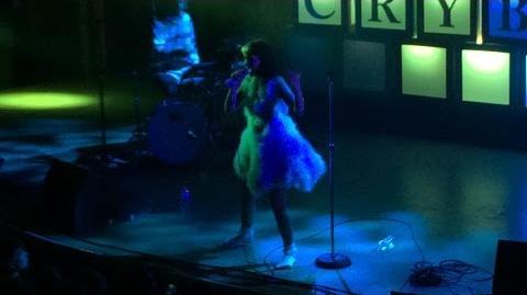 Melanie Martinez - Pacify Her LIVE (10 7 15)