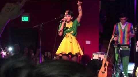 Melanie Martinez- Carousel-0