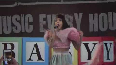 Melanie Martinez - Crybaby performance at Amplive 2016!!! Odd Rainbows