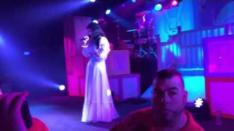 Melanie Martinez - Cake LIVE 03 31 16