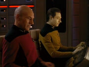 Picard al timone.jpg
