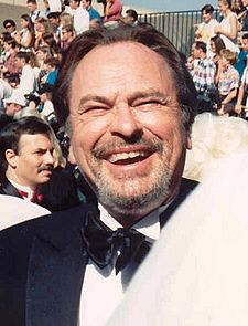 File:225px-Rip Torn at the 47th Emmy Awards headcrop.jpg