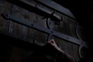Locking door
