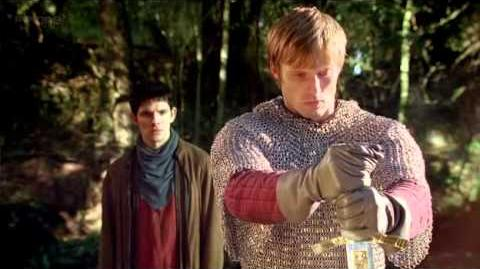 Merlin - Arthur pulls Excalibur from the stone 4x13