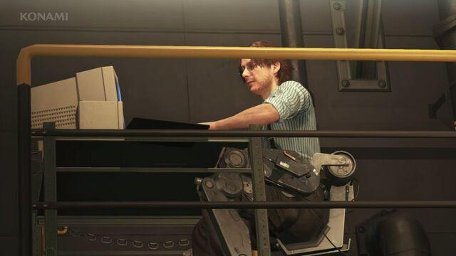 File:Huey in his lab.jpg