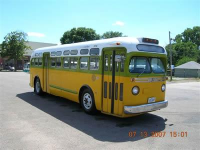 File:12-1956-GM-Transit-Bus-7.jpg