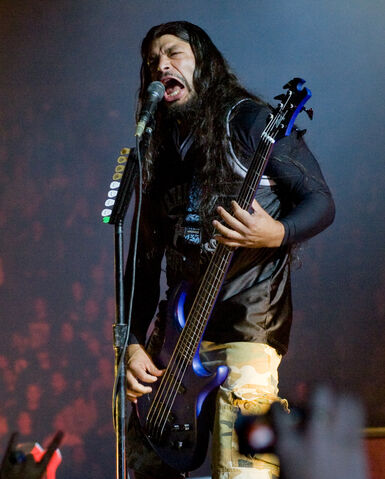 File:Robert Trujillo.jpg