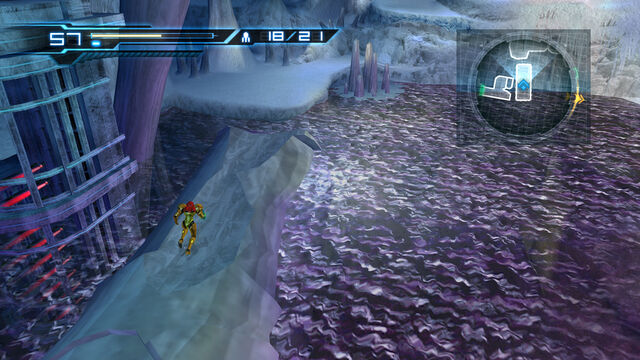 File:Water filled room fallen icicle Cryosphere..jpg