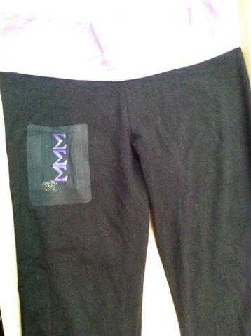 File:Pants.jpg