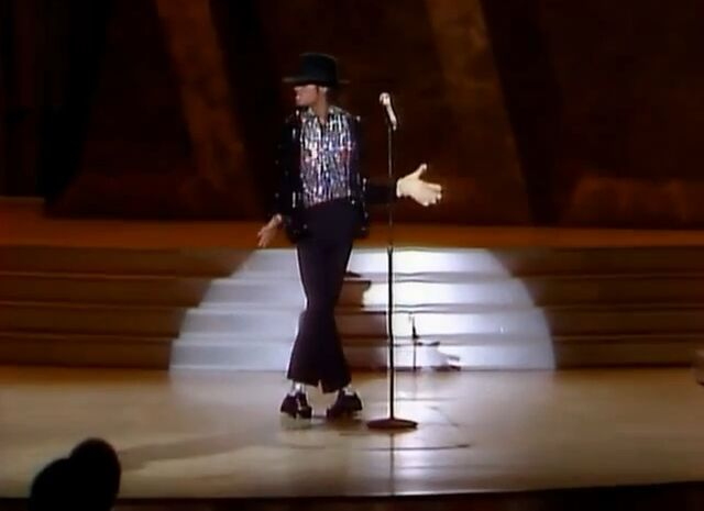 File:Michael Jackson Billie Jean Motown 25.jpg