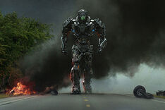 Transformers-4-poster-crop-invasion
