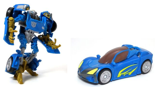 File:ROTF-toy Nightbeat.jpg