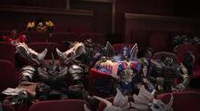 Noisy theatergoers screencap