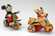 Mickey Mouse Pluto Tin Windup Linemar Antique Toy Tricycle Bell9