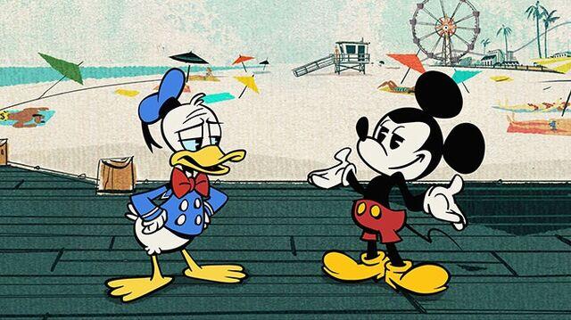 File:Mickeymousedonaldd2013.jpg
