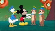 Mickey Wonderland Photo 05 thumb