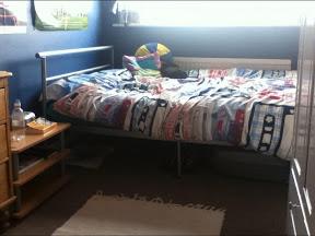 File:HRE's sleeping quarters 1.jpg