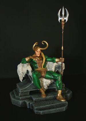 Merchandise-statue-bowenLoki-03232008