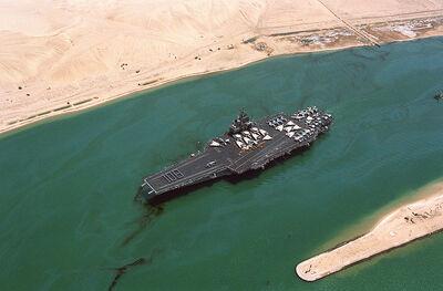 800px-USS Forrestal (CV-59) Suez canal 108 days at sea