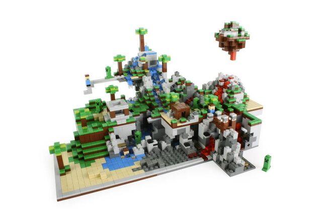 File:A Large Lego Minecraft Microworld.jpeg