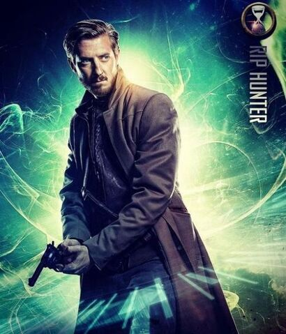 File:Arthur-darvill-as-rip-hunter.jpg