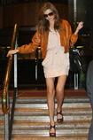 Kerr leaving her hotel in Sydney 02.10.09 028 122 1067lo