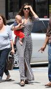 11481 Preppie Miranda Kerr out with baby Flynn at the nail salon 15 122 459lo