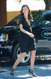 Miranda-kerr-photoshoot-in-palm-spring-candids-03