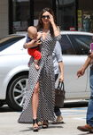 11574 Preppie Miranda Kerr out with baby Flynn at the nail salon 14 122 445lo