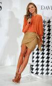 60612 MirandaKerr In Store Fashion Workshop 13 122 15lo