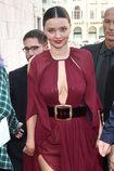 Miranda-kerr-arrives-at-the-koradior-show-during-milan-fashion-week-picture-id610523054