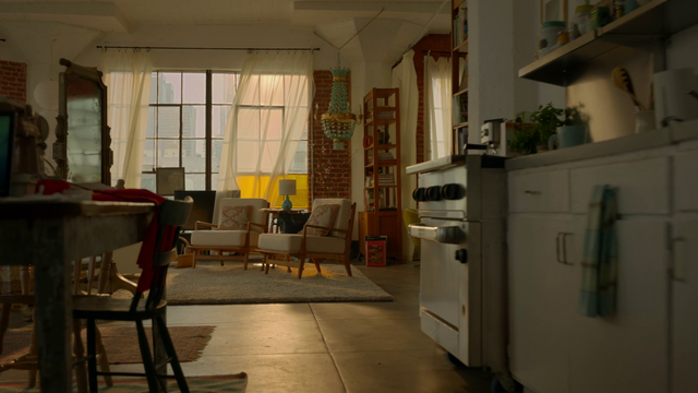 File:Kara Danvers' apartment.png