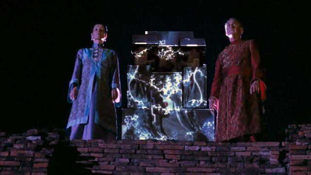 File:The Elder Gods Imprisons Shinnok.jpg