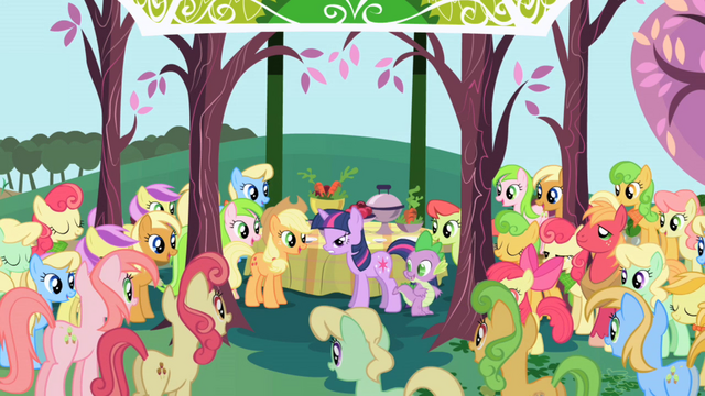 Файл:Apple family gathered around sighing Twilight S1E1.png