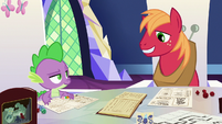 Spike and Big Mac grin at each other S6E17