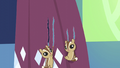 Chipmunks tearing curtains S5E3.png