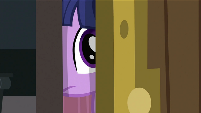 File:Twilight peeking S2E25.png